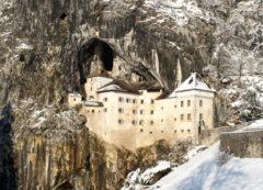 El Castillo de Predjama en invierno