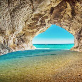 Visita-Cueva-Azul