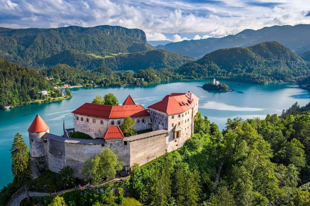 castillos de Eslovenia - castillo de Bled