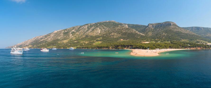 Crucero a la isla de Vis en Croacia, pasando por la Isla de Brac