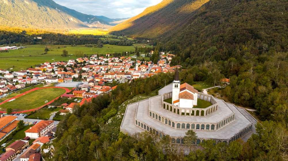 Valles más bonitos en Eslovenia-valle de Soca-Kobarid