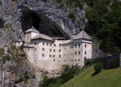 El misterioso castillo de Predjama