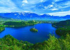 Bled con su lago y la isla