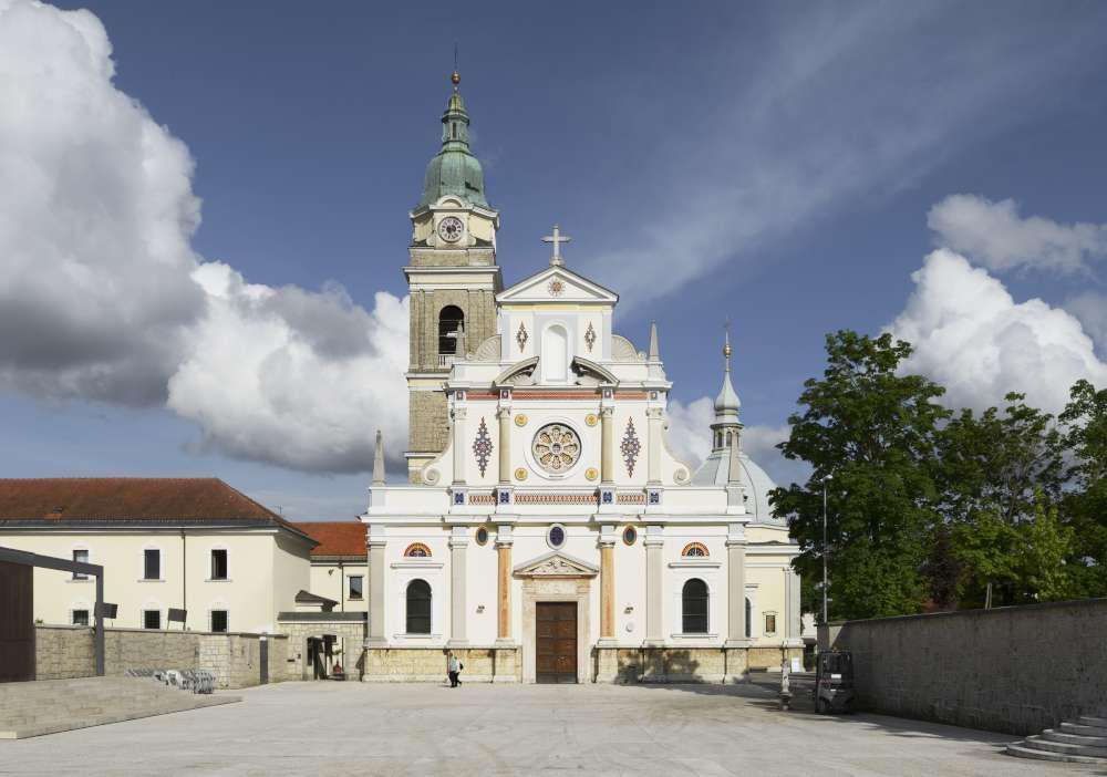 Brezje, www.slovenia.info, Miran Kambič- peregrinación por Eslovenia