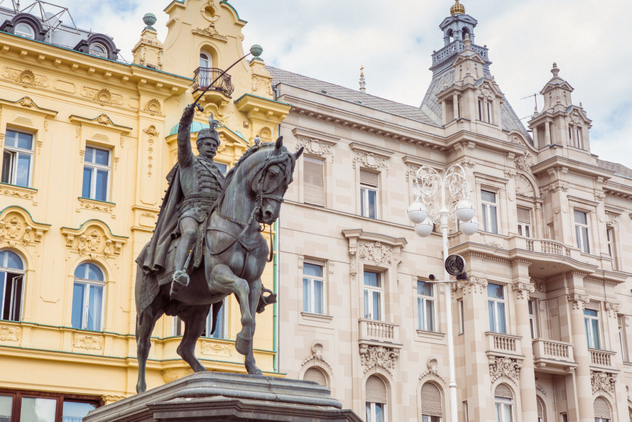 Que ver en Zagreb: Plaza de Ban Jelačić