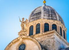 La Catedral de Santiago en Sibenik, Croacia