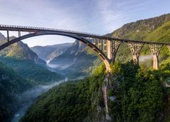 Puente Djurdjevića Tara, Montenegro