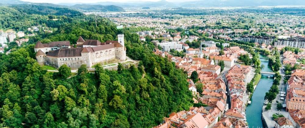 como llegar a Eslovenia desde España