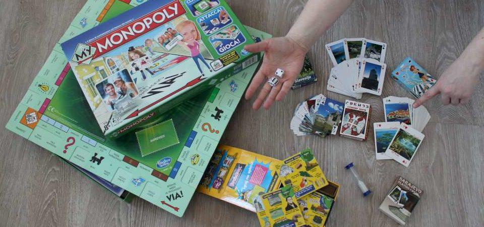 Qué hacer en casa cuando te aburres - Disfruta de juegos de mesa relacionados con los viajes