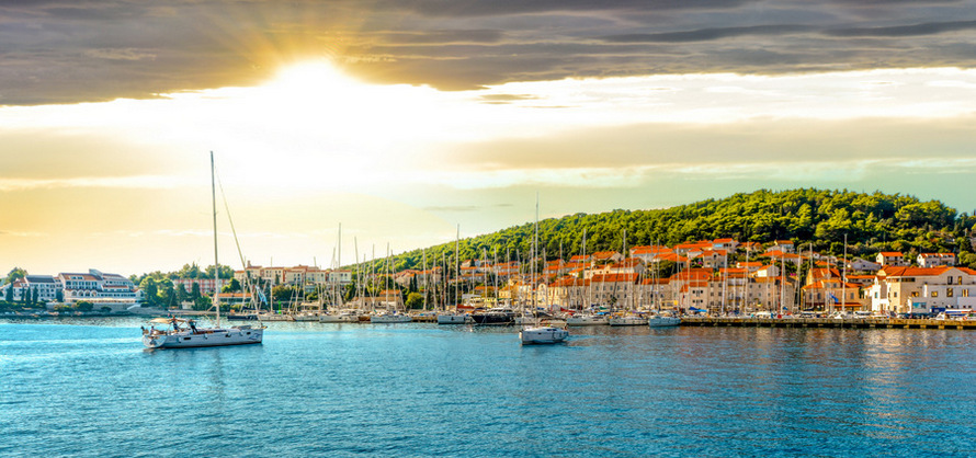 Luxury cruise from Split to Dubrovnik
