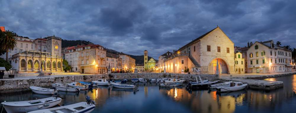 Cruise from Dubrovnik to Zadar - Hvar