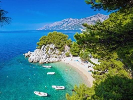 Playa-Punta rata-una-de-las-mejores-playas-en-Croacia