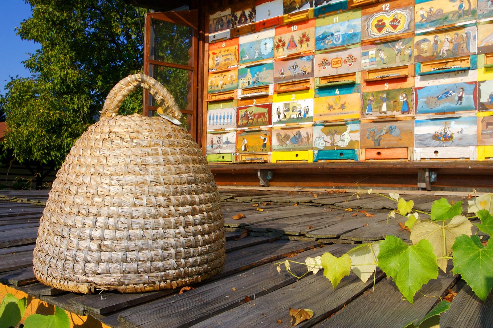 beekeeping in slovenia