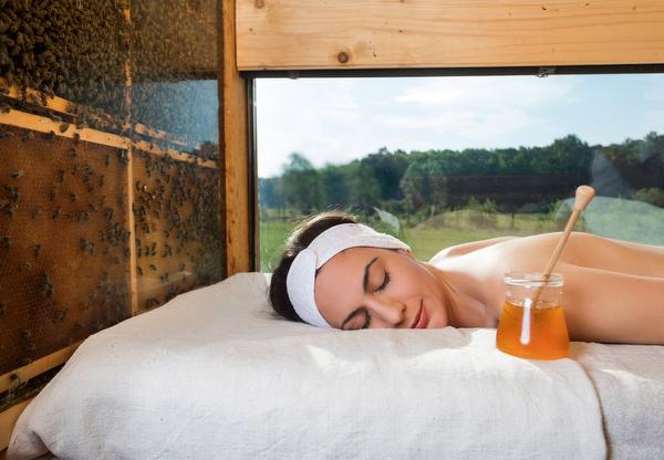 Honey massage, Slovenia