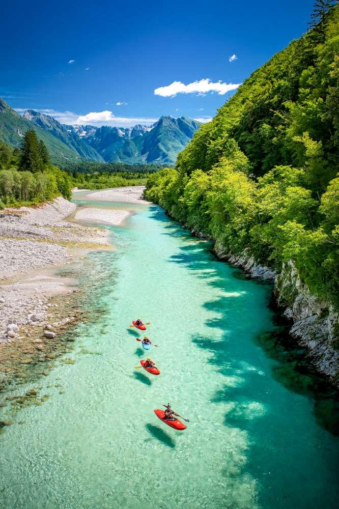 Valle-de-río-Soča-Eslovenia